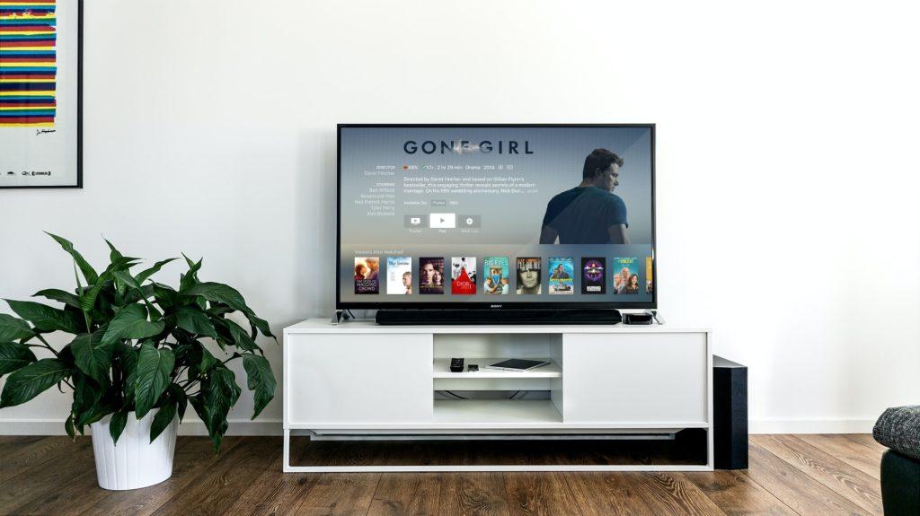 Netflix ist berühmt für ihr ausgeklügeltes Recommender System, das unter anderem Collaborative Filtering einsetzt.